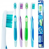 Oral-B® Complete 3D White™ Vivid Toothbrushes